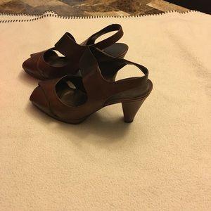 Vaneli Women's heels. EUC. Real leather.  Size 6